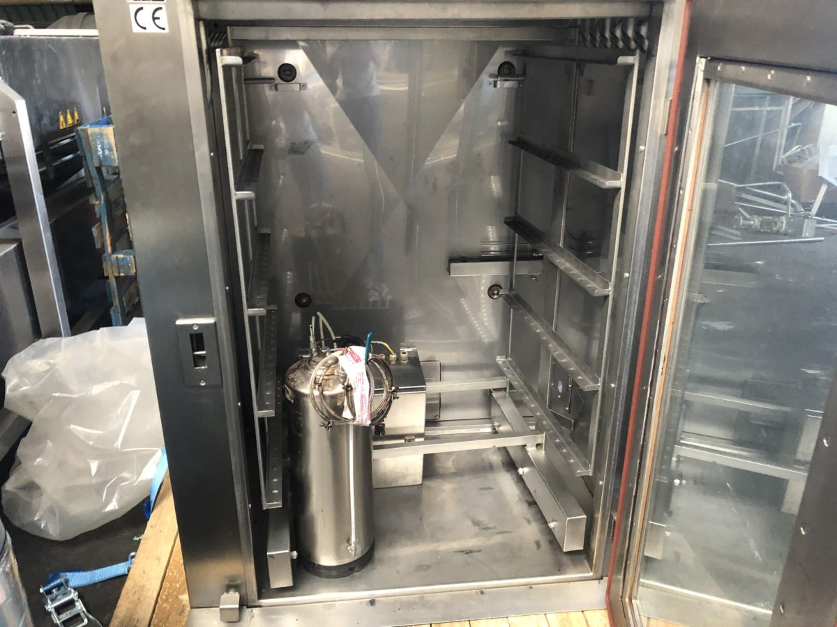 Cellule de fumage Bastra 850 C-4